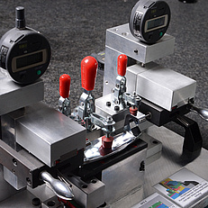 Die casting measuring inspection device